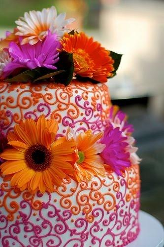 wedding cake arabesques roses et oranges