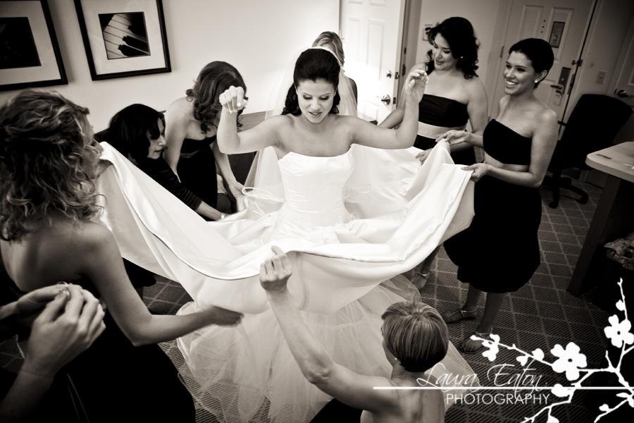 """La recherche de ma robe : les premiers essayages """"juste pour rire"""""""