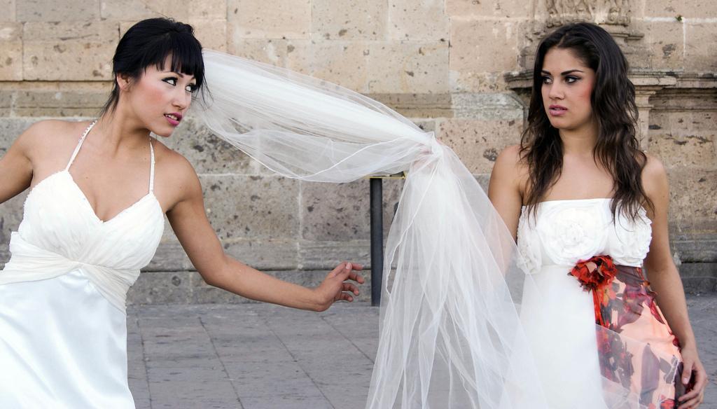 bagarre de mariées