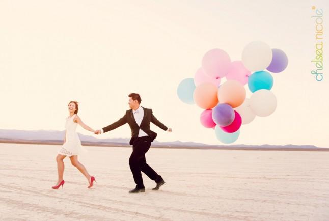 mariés ballons désert