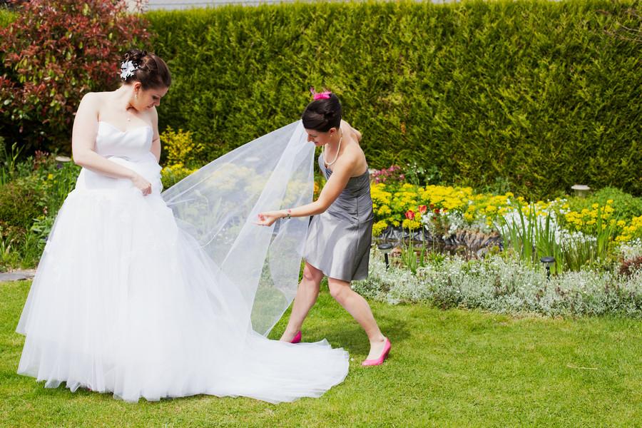 Mon mariage en blanc, rose et orange : une robe et un chat…