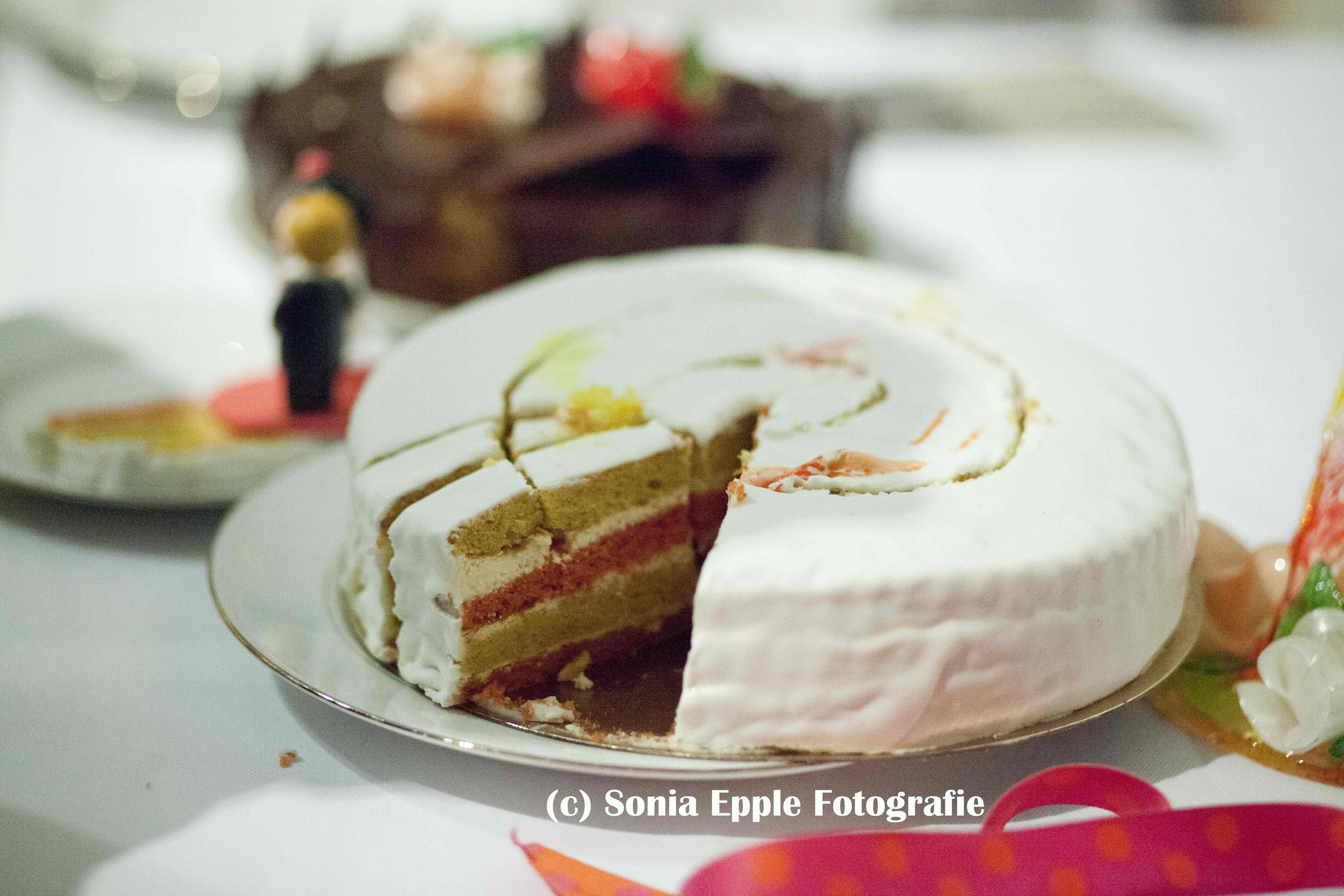Mon mariage bilingue – La préparation du wedding-cake sans gluten à J-2