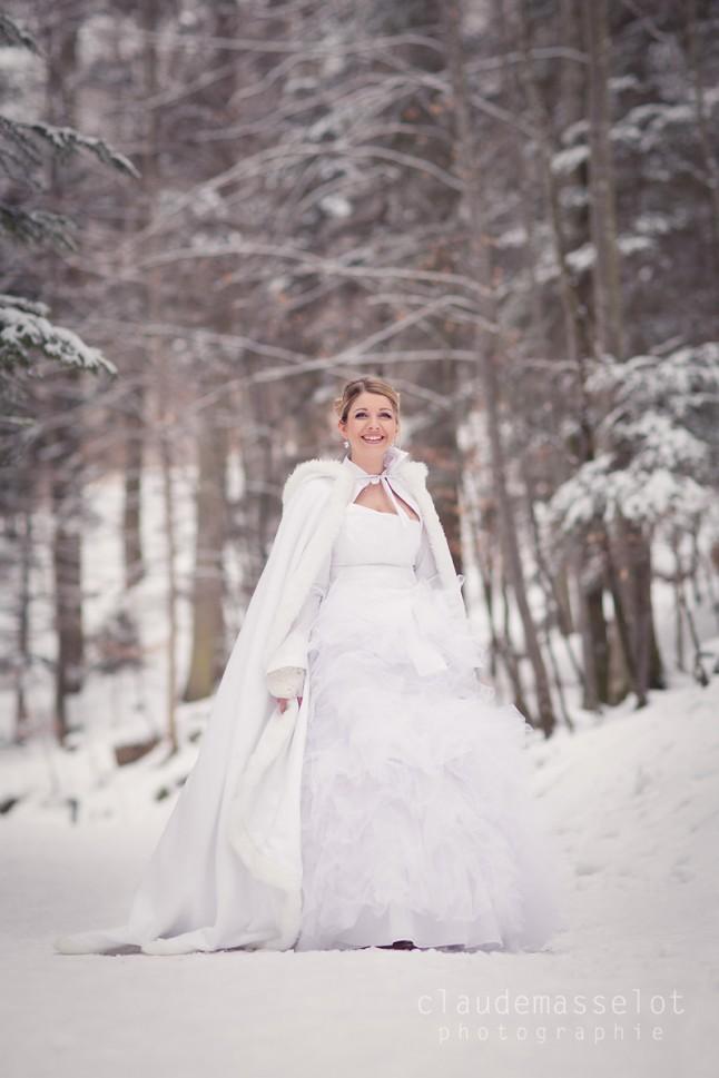 photo mariée dans la neige
