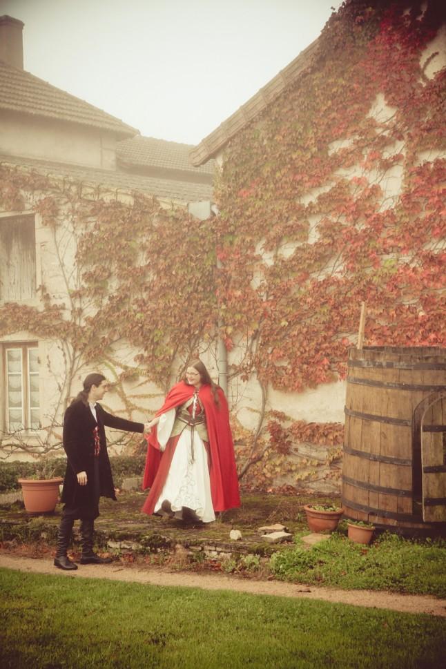 photo de couple mariage médiéval