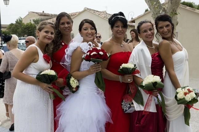 demoiselles d'honneur mariée mariage rouge et blanc