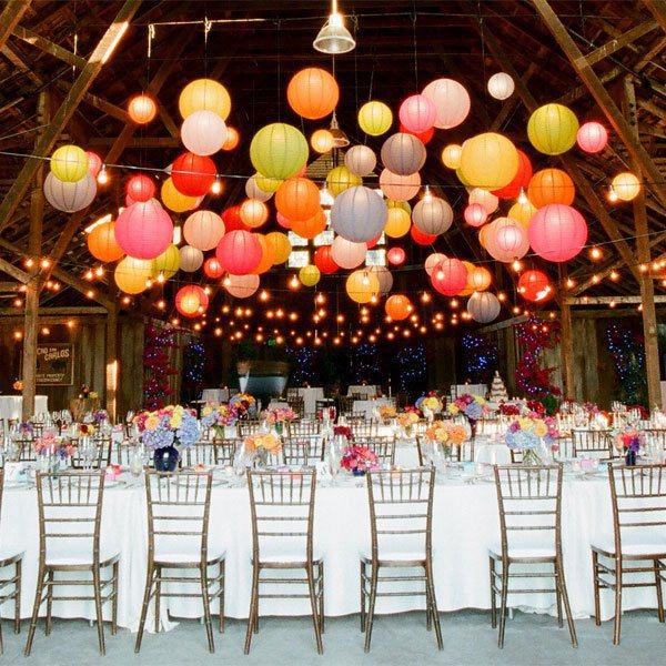 Ciel de lanternes chinoises