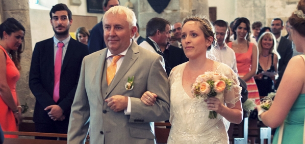 Mon mariage champêtre romantique : notre cérémonie religieuse, pleine d'émotions
