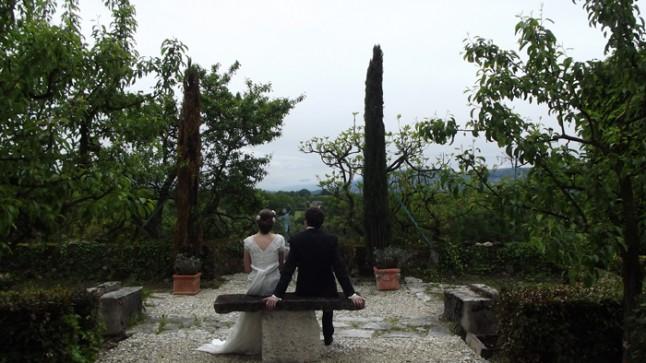photo de couple mariage jardin