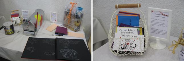 table urne avec cartes postales et livre d'or