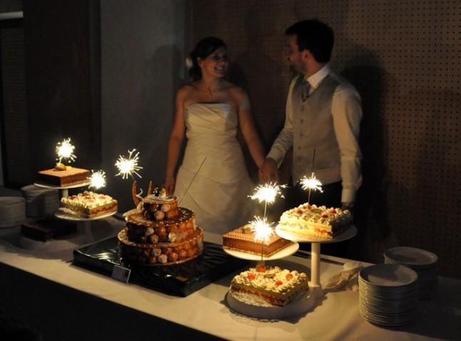 buffet de desserts et pièce montée soirée