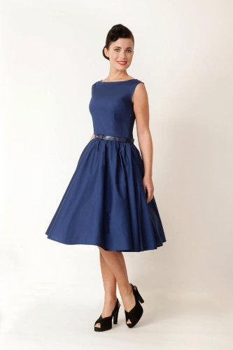 robe bleue style rétro