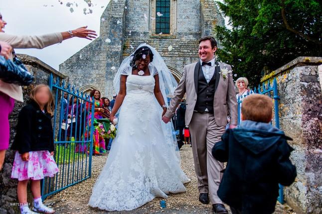 sortie d'église mariage mixte
