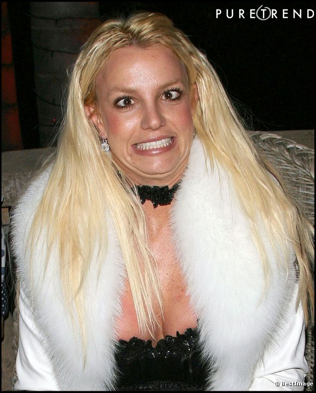 Britney Spears grimace