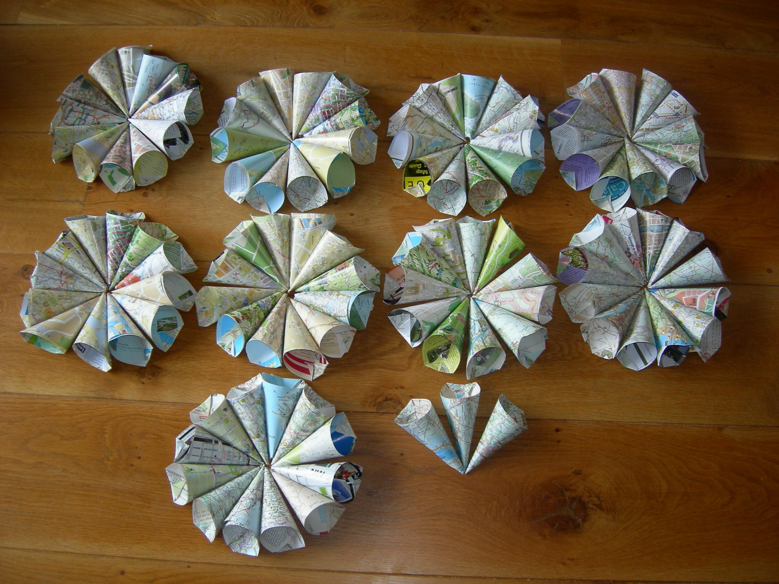 Cornets à confettis mariage en carte