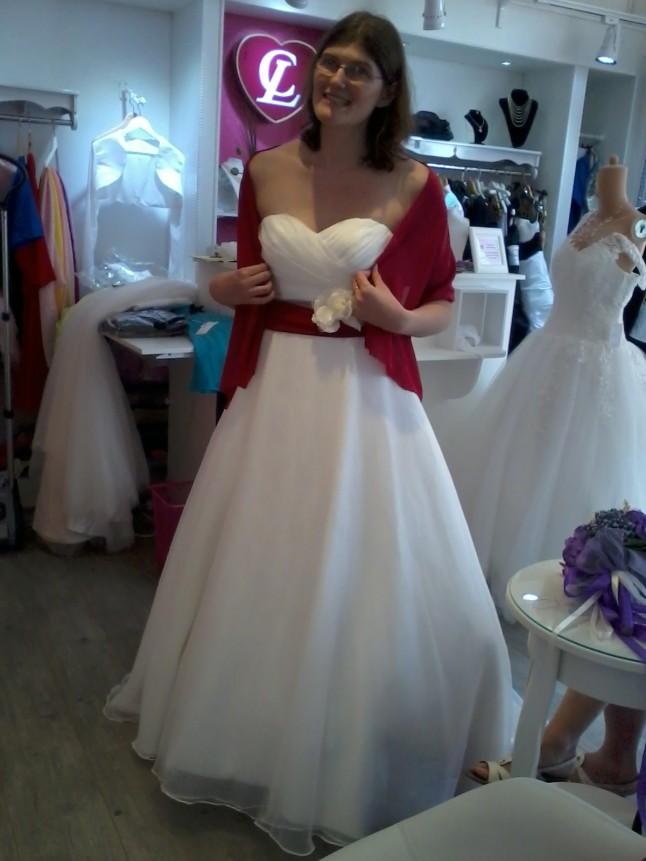 Essayage robe de mariée couturière