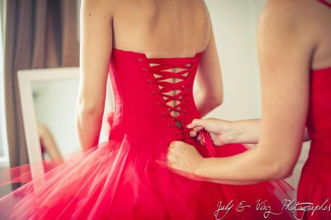 mariage en rouge habillage mariée robe rouge