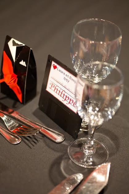déco de table mariage en rouge et noir
