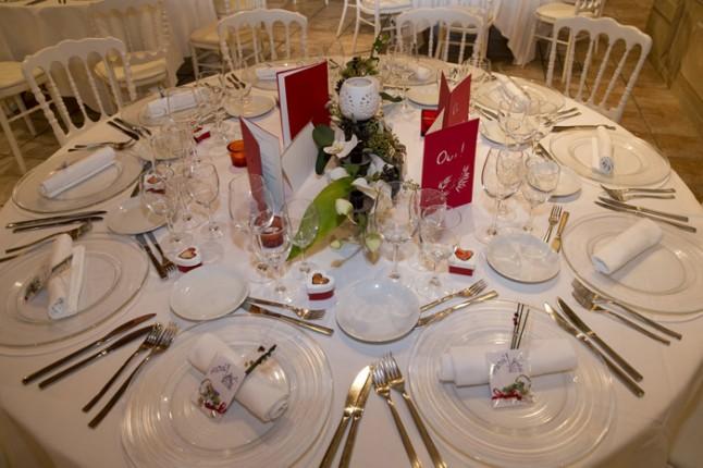 mariage couleurs Indonésie - déco de table
