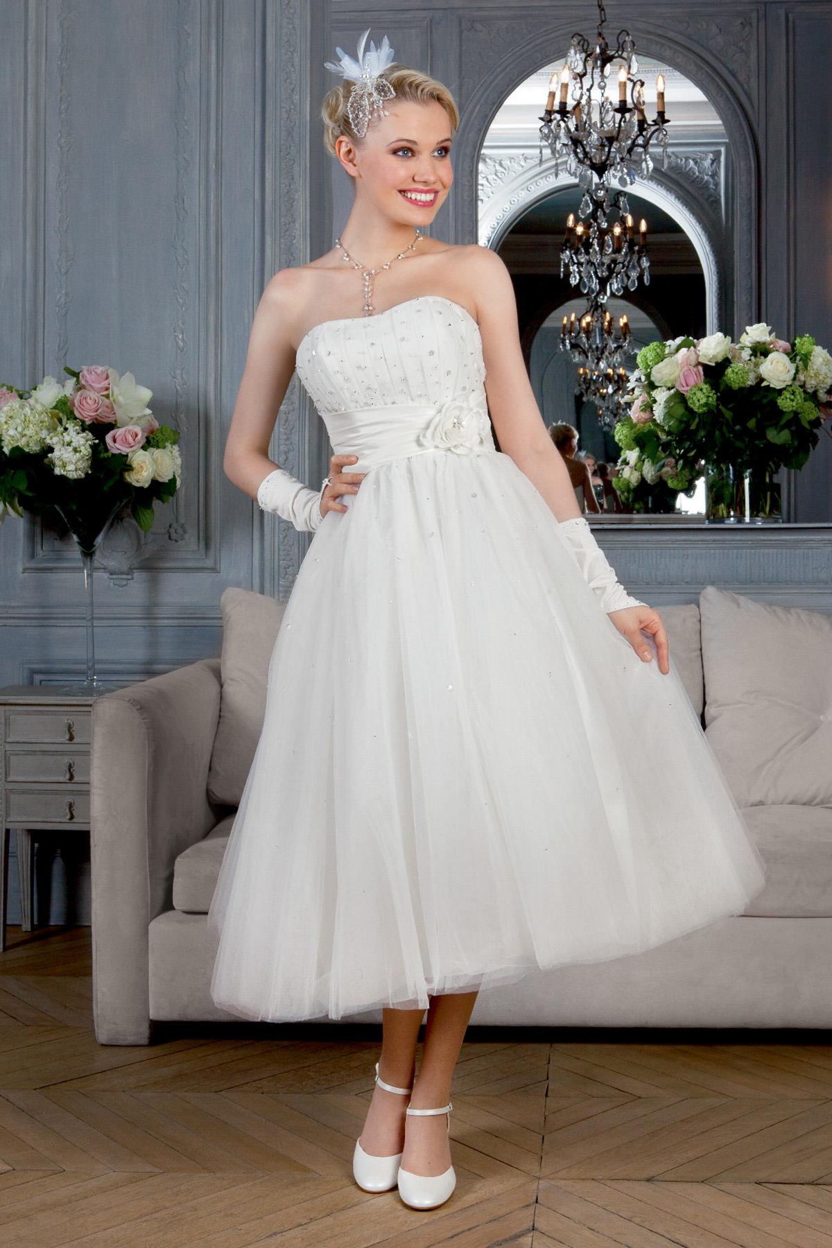 Apprivoiser la robe blanche quand on est toujours habillée en noir