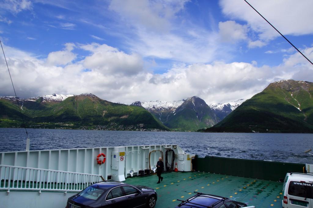 ferry pour traverser les fjords