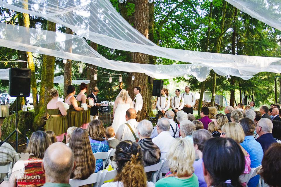 cérémonie laïque de mariage en forêt