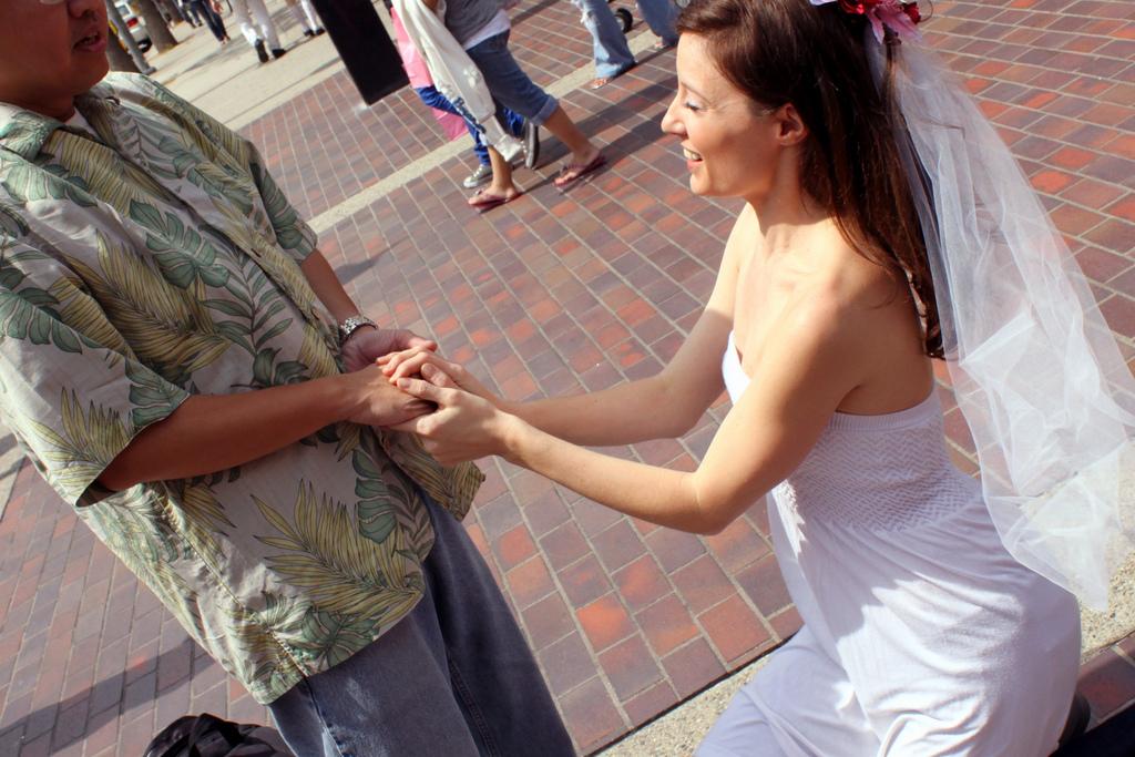 Ma demande en mariage gâchée : un moment drôle, citadin et poétique à raconter à nos enfants.