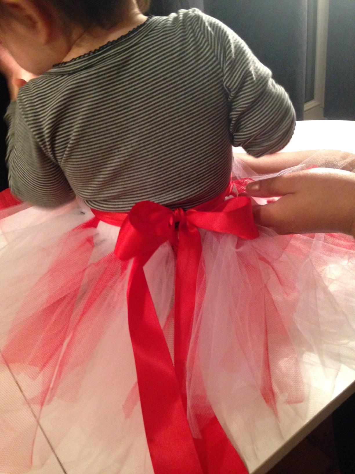 DIY pour les nuls : un joli tutu sans couture pour petite fille d'honneur
