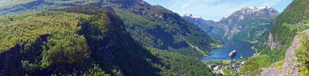 vue panoramique sur le Geirangerfjord