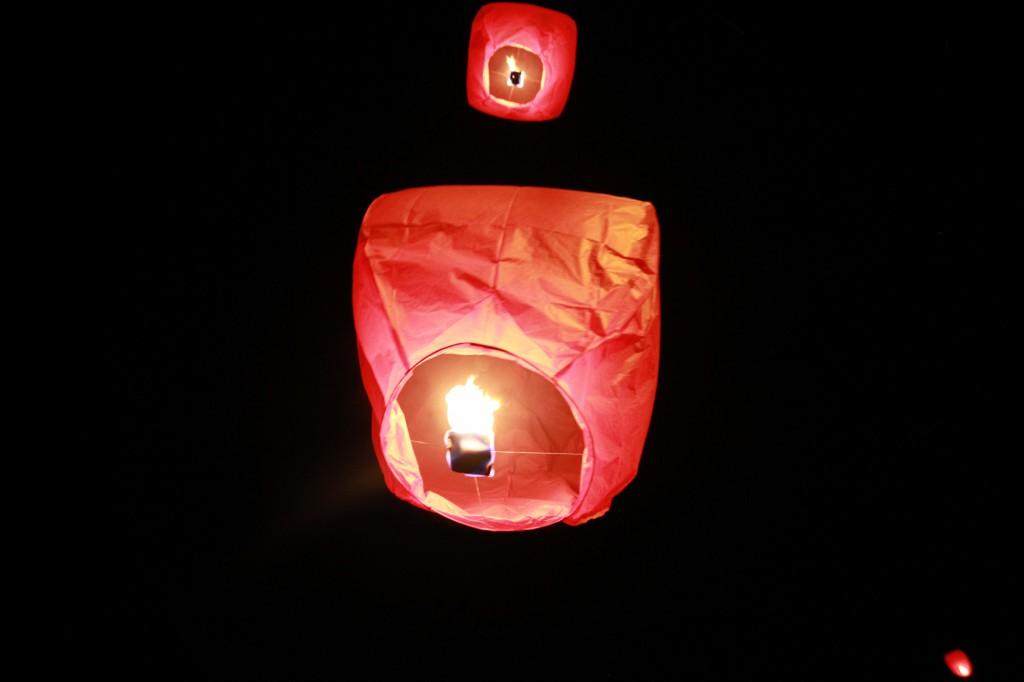 Mon mariage évasion : la soirée / laché de lanternes