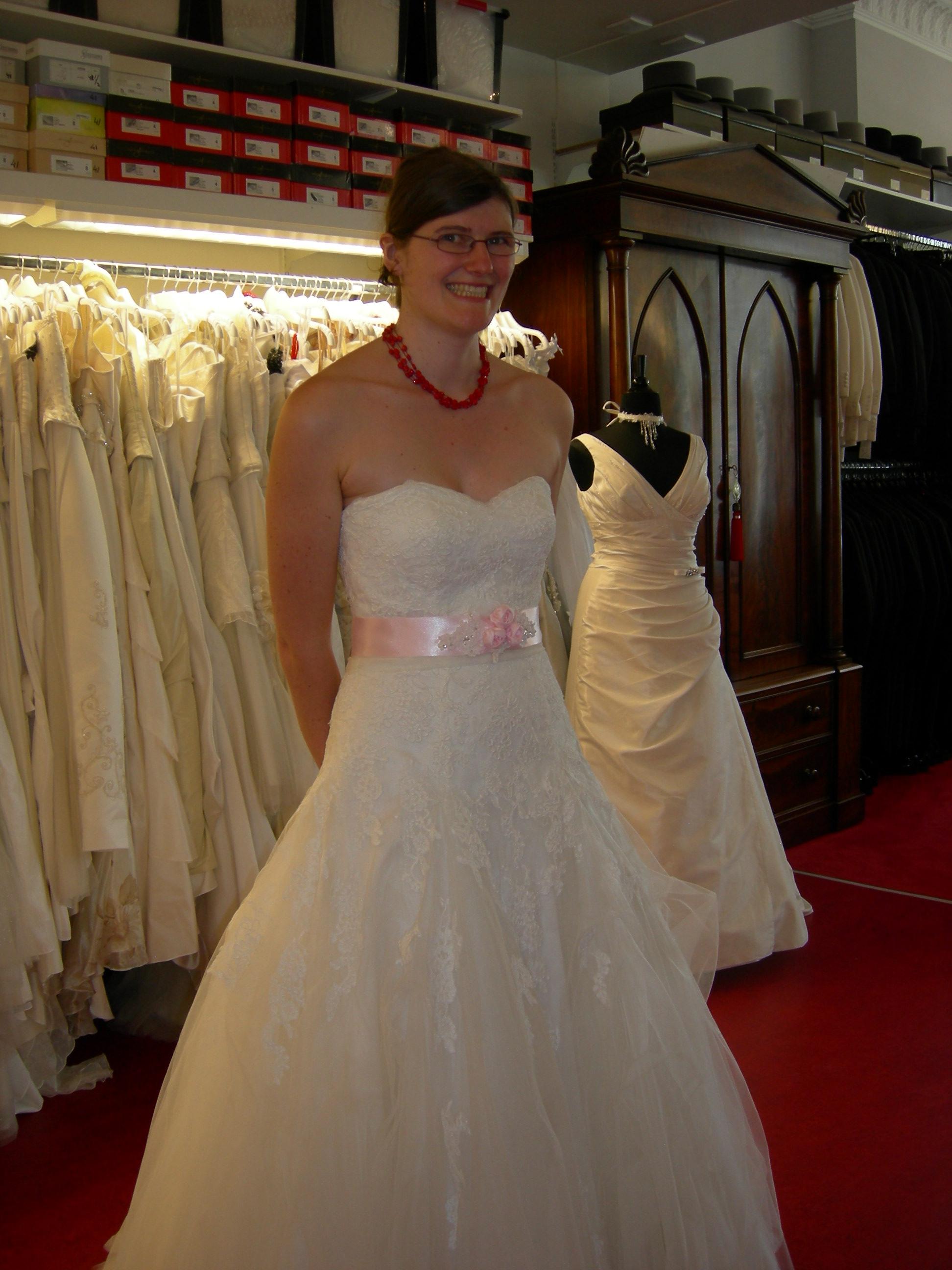 robe de mariée ceinture rose