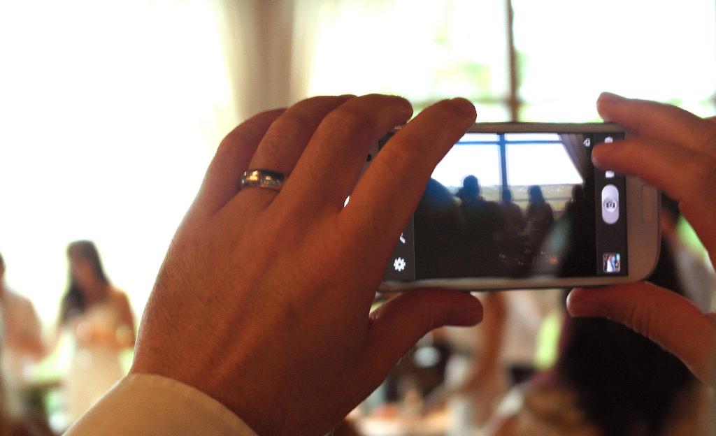 Internet, les réseaux sociaux et notre mariage.