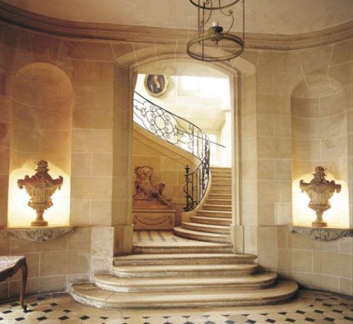 Château de Nandy - Hall d'entrée