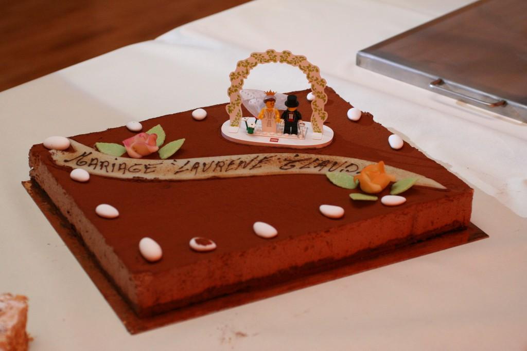Un gâteau tout en chocolat pour notre mariage