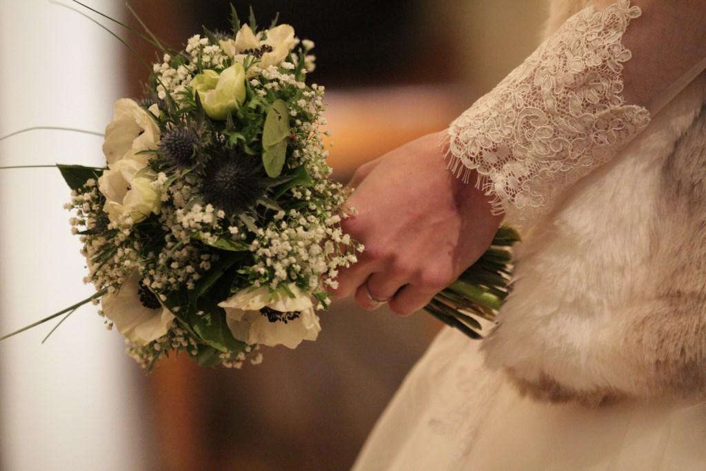 Le mariage vintage et hivernal d'Astrid dans un château irlandais