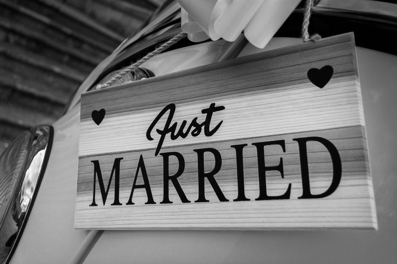 Notre mariage simple et convivial à la montagne : une cérémonie civile émouvante