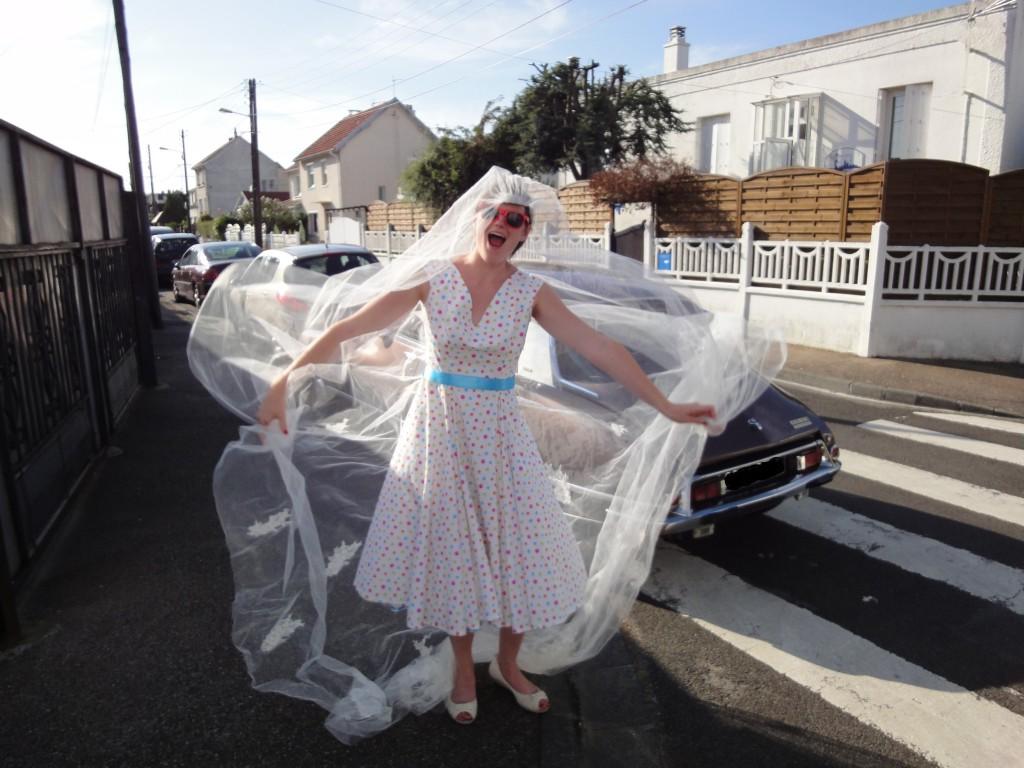 séance day after, la mariée fait l'idiote