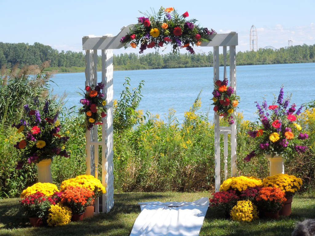 Creative Common Flickr Counselman Collection Wedding - Flowered Arch