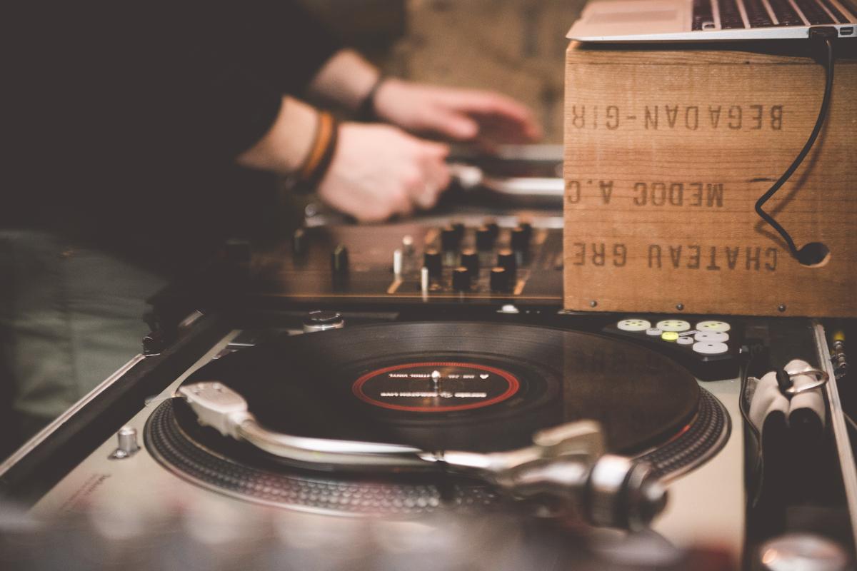 dj dance floor 5ansDentelle photo Tout Court Photographie