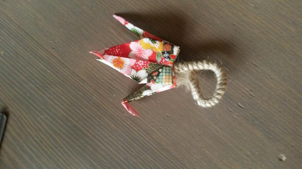 boutonnière grue en origami