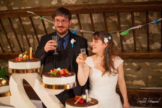 L'arrivée de notre dessert de mariage // Photo : Freddy Frémond