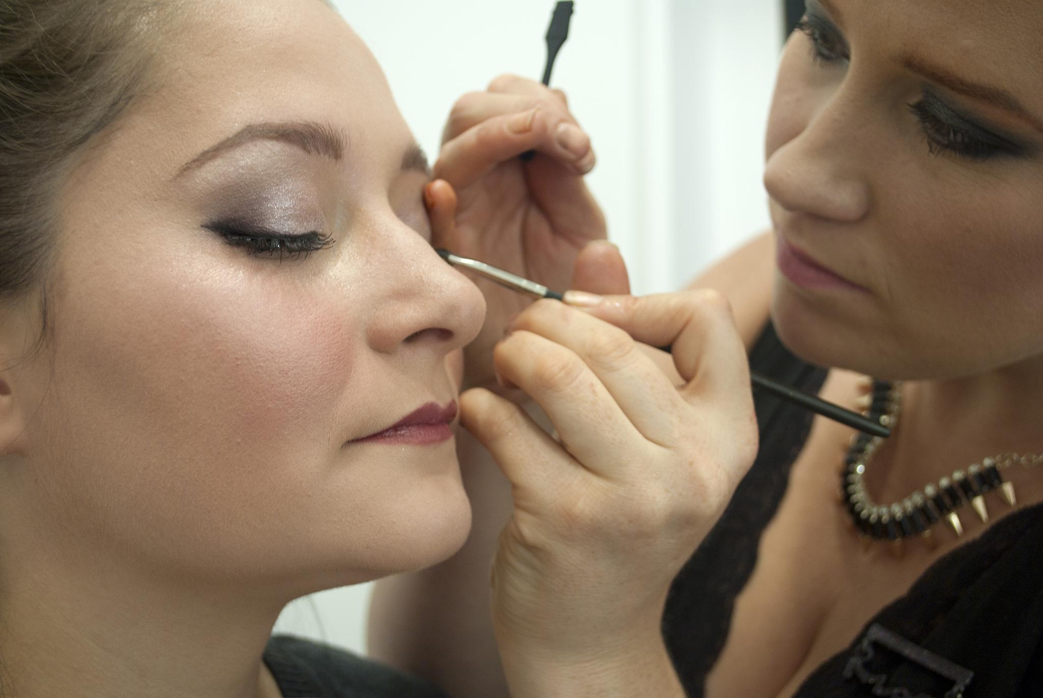 Essai coiffure et maquillage: LA grosse déception à M-4