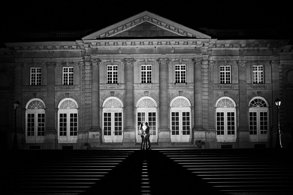 Photo de couple pour une séance d'engagement / Photo : Stéphane Evras