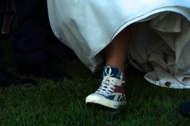 Des Converses avec le drapeau anglais pour mon mariage !