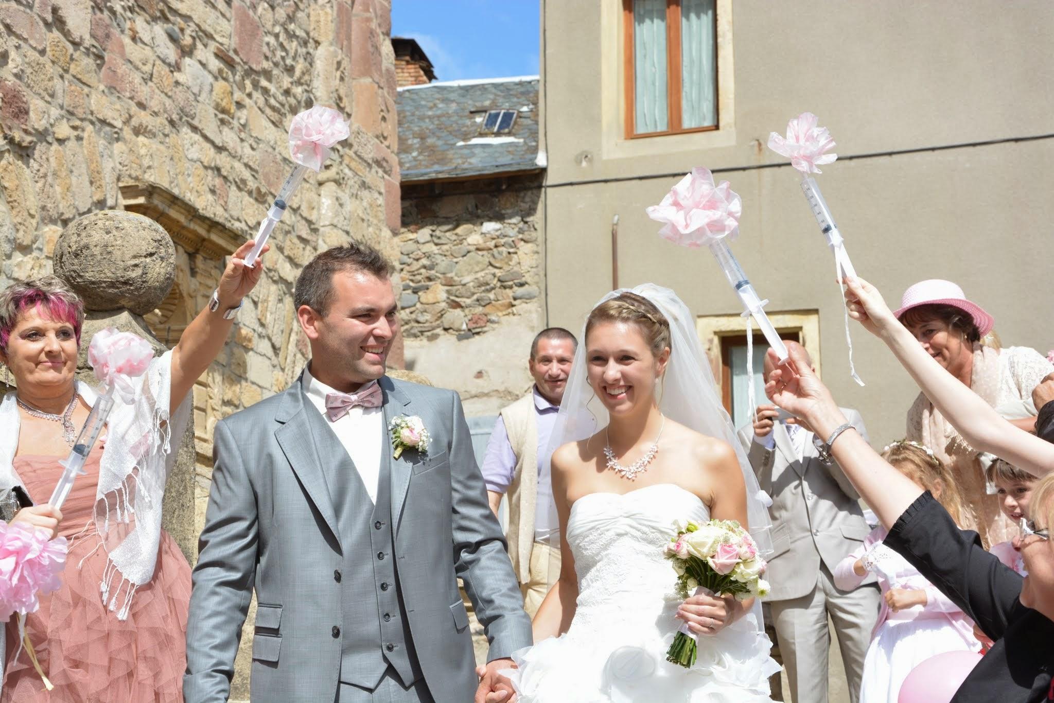 Le mariage champêtre romantique de Cécile avec une touche de rose