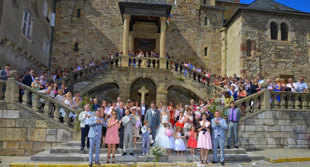Le mariage champêtre romantique de Cécile avec une touche de rose (14)