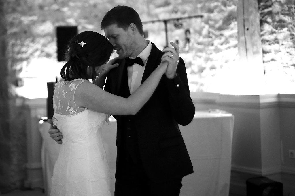 Mon mariage en hiver et en origami : le lancer de bouquet, l'ouverture du bal et une nuit difficile !