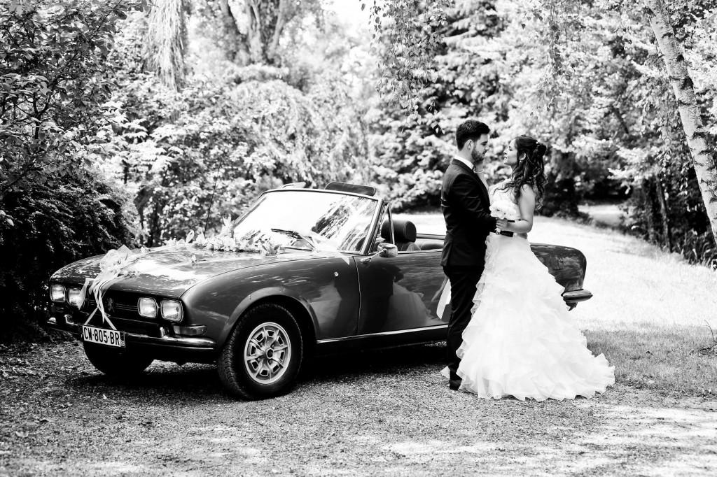 Le mariage d'Émilie avec une cérémonie laïque, beaucoup d'amis et des surprises en pagaille (6)