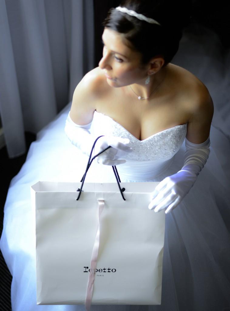 Préparatifs de la mariée le jour J // Photo : Basile Crespin pour OccitanMultimédia