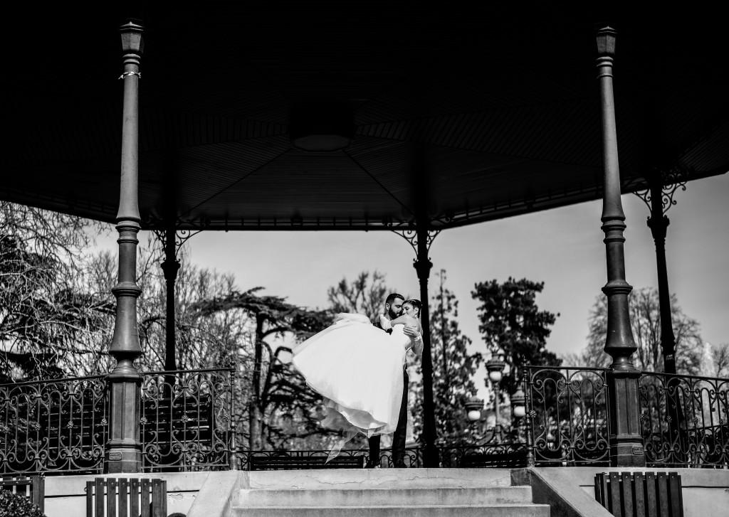 Nos photos de couple au Jardin des Plantes de Toulouse // Photo : Basile Crespin pour OccitanMultimédia