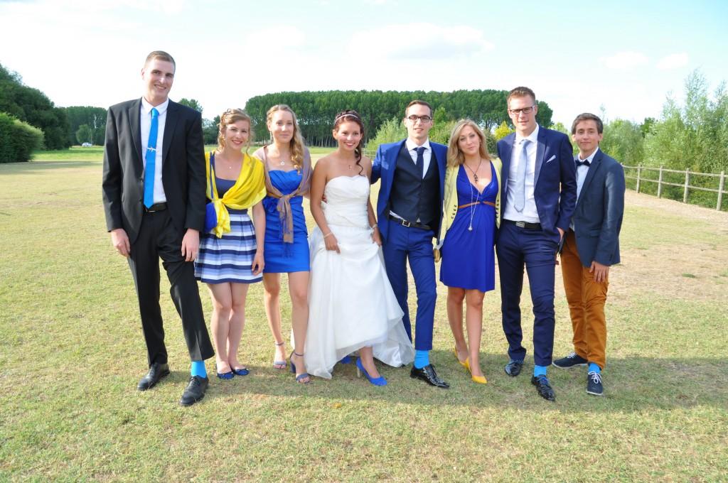 Le mariage de Charlène en bleu avec une touche de jaune et des paillettes (12)